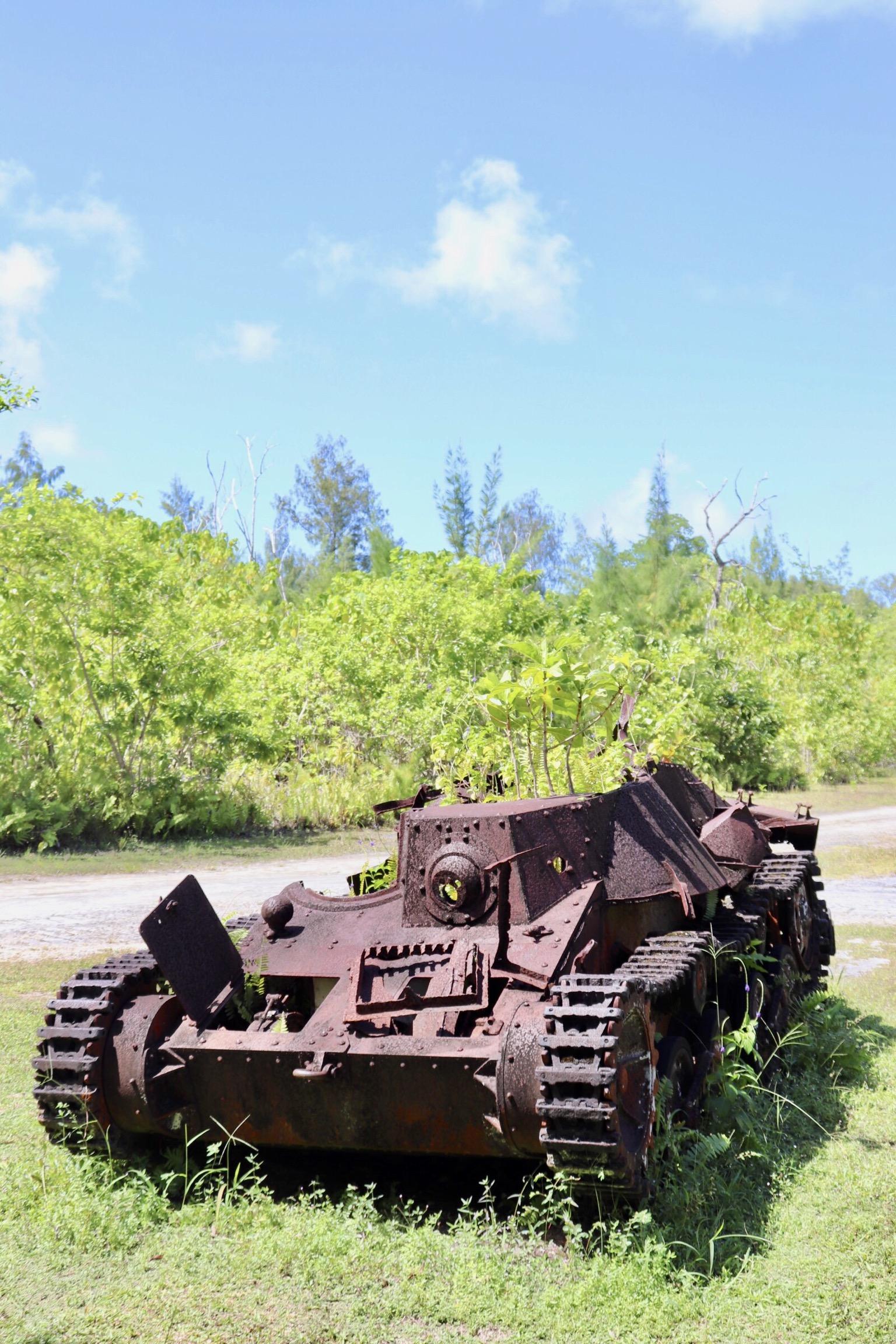 太平洋諸島に残る戦車の残骸
